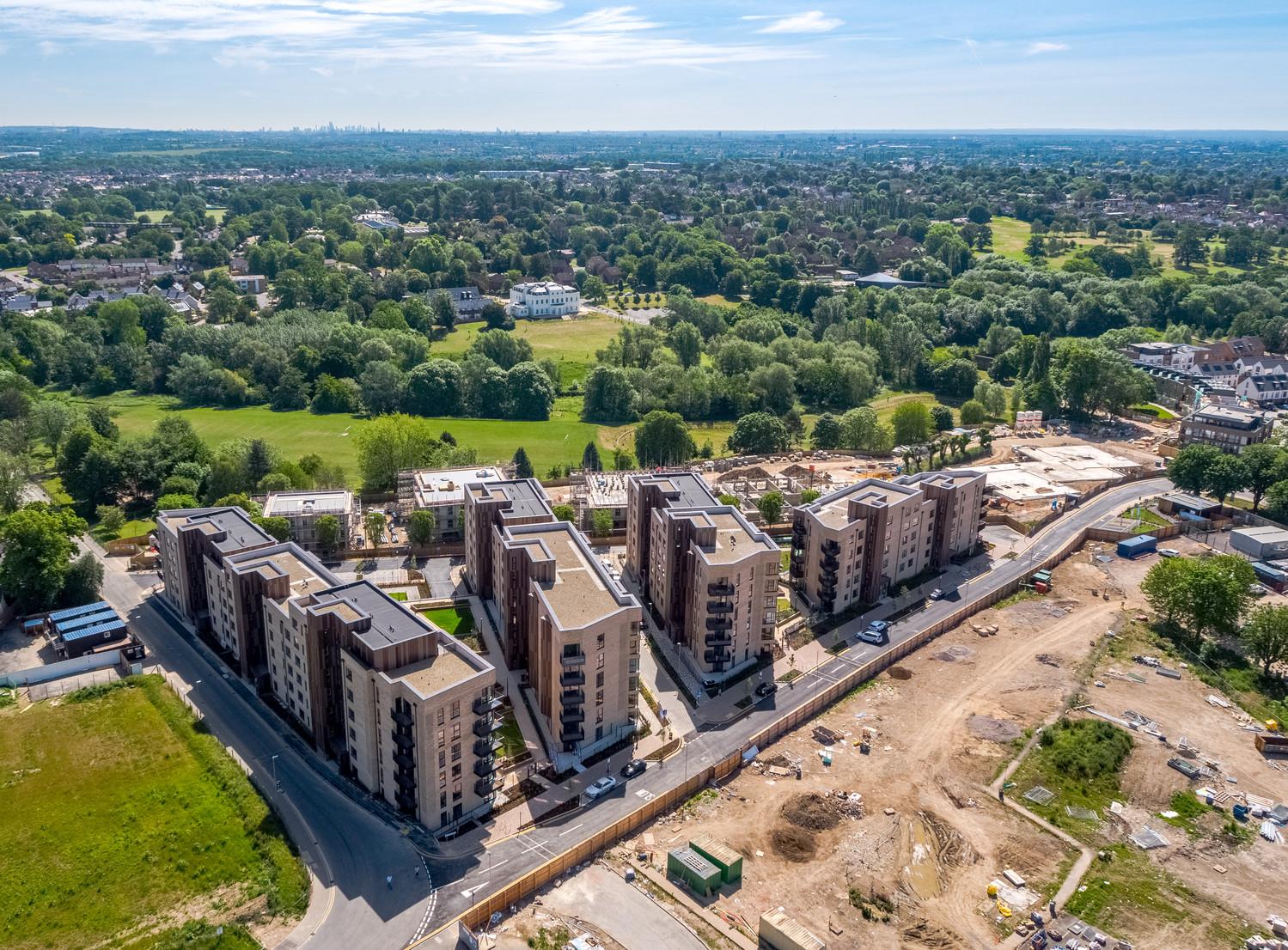 St. Andrew's Park, Uxbridge